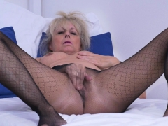 Euro gilf Koko needs to rub..