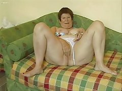Big granny masturbating