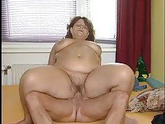 Older BBW Wants That Young..