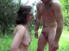 German Mom caught outdoor..