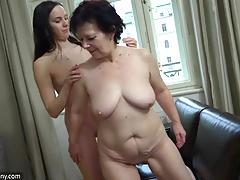 OldNanny Titillating girl..
