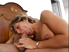 Giant Mature  deep Anal Be..