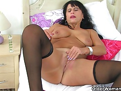 British milf Raven strips..