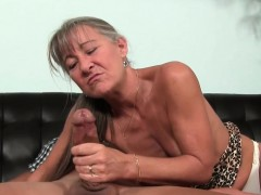 Smalltit gilf spasmodical..